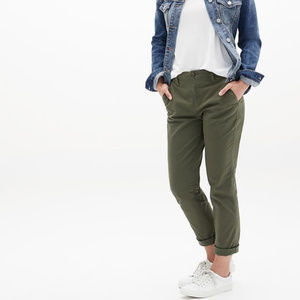 Girlfriend Khakis in Stretch Twill NWT